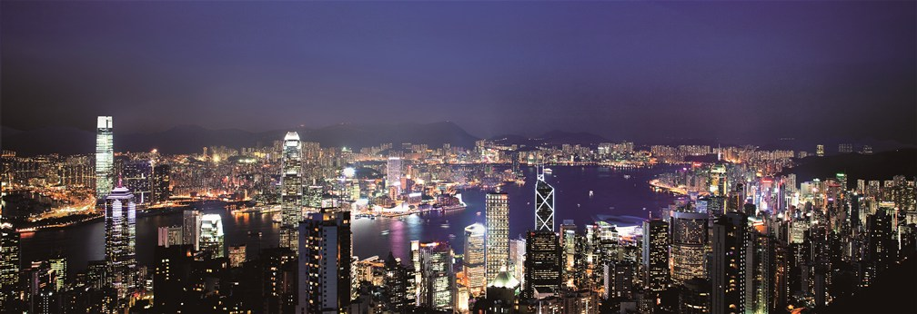 hong-kong-harbour-from-victoria-peak-at-night-pic-hktb