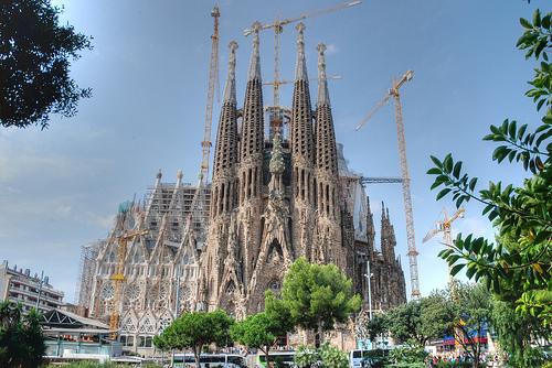 sagrada familia architecture