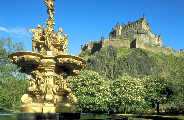 top tips for travelling in the uk during 2012 journeytom