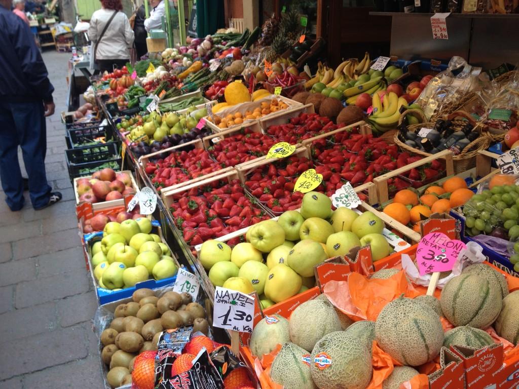 Bologna street markets