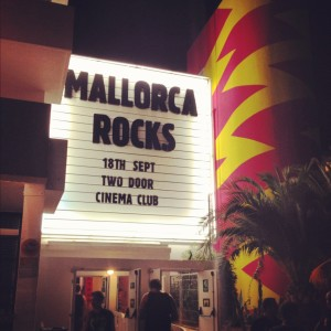 mallorca rocks two door cinema club