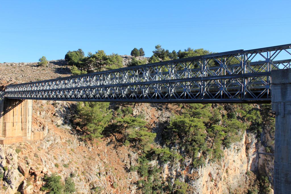 aradaina bridge crete
