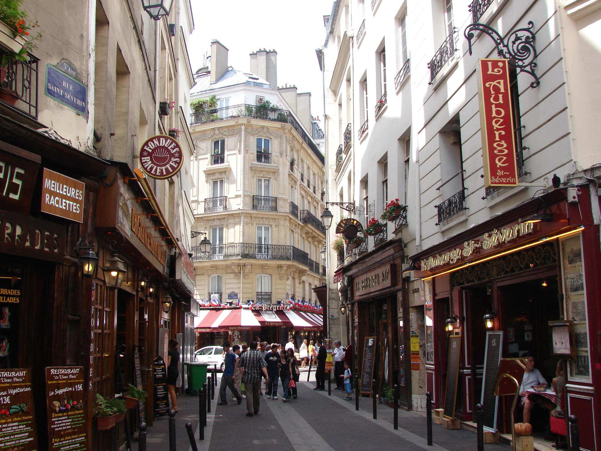 Restaurant Pres De St Etienne