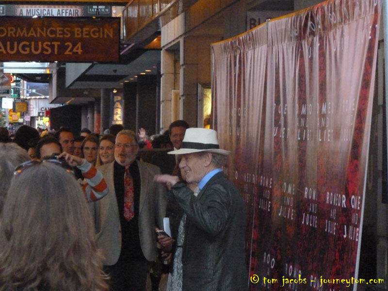 Ian-McKellen-on-the-red-carpet-in-New-York