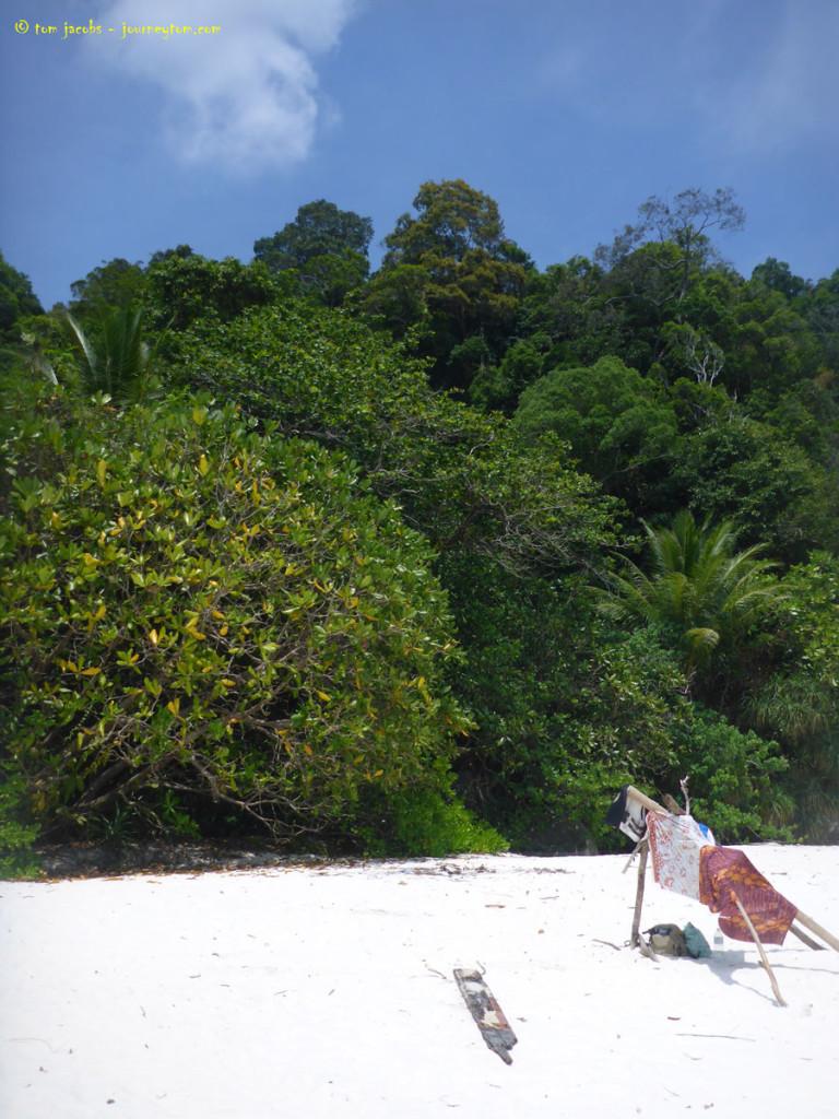 Isolated-Turtle-Beach-Perhentian-Besar